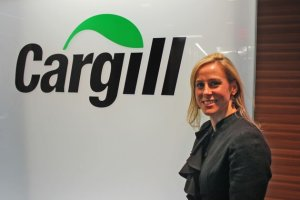 Cargill's director of Latin American corporate affairs, Devry Boughner Vorwerk, will lead a group of businesspeople to Cuba in March to help them learn about the country's economics and agriculture.