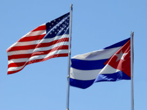 US_Flag_Cuba_Flag_US-Cuba_Flags_Thinkstock_650x487[1]