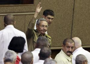 Cuba's President Raul Castro waves to the crowd during a ceremony in Havana February 24, 2015.  Credit: Reuters/Enrique De La Osa
