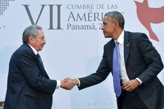 PANAMA-AMERICAS-SUMMIT-CUBA-US-OBAMA-CASTRO
