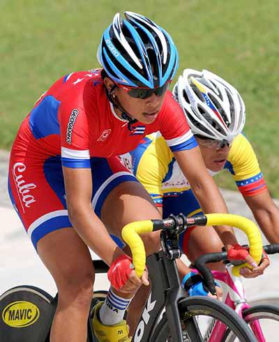 Cuban Marlies Mejías gave a strong performance winning gold in the Pan American track Cycling Competition held in Leon, Mexico. Photo: Raúl Pupo