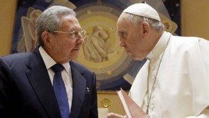 President Raul Castro and Pope Francis during the pontiff's visit to the Caribbean island. They are both in New York now. | Photo: EFE